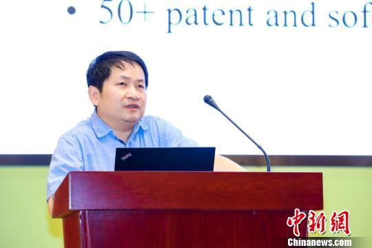 北京師范大學未來教育高精尖創新中心執行主任余勝泉致歡迎詞。供圖