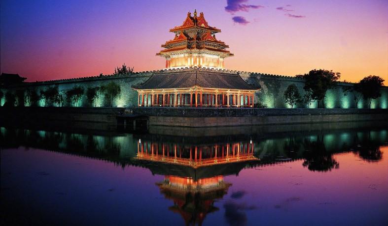 故宫94年来首次开放夜场参观