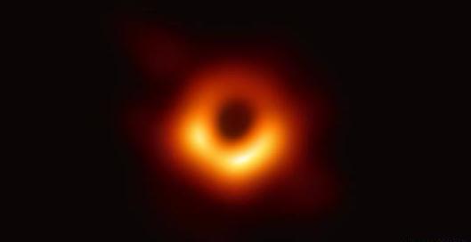 """你是第一批""""看见""""黑洞的人类!"""